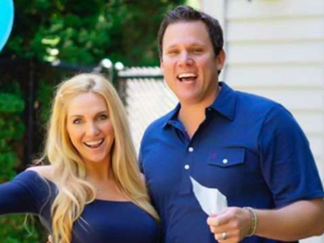 'Bachelor' Alum Bob Guiney and Wife Jessica Canyon Expecting First Child