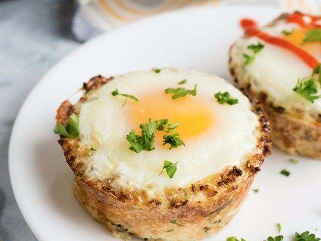 Recipe: Cauliflower 'Hashbrown' Egg Cups