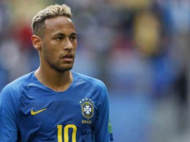 World Cup 2018: Brazilian Soccer Player Neymar Drops Curse Bomb on Costa Rica Players