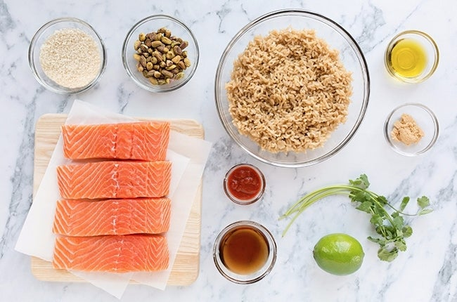 Pistachio-Crusted-Salmon-with-Cilantro-Lime-Rice_RESIZED-1
