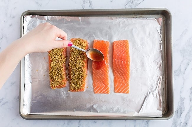 Pistachio-Crusted-Salmon-with-Cilantro-Lime-Rice_RESIZED-6