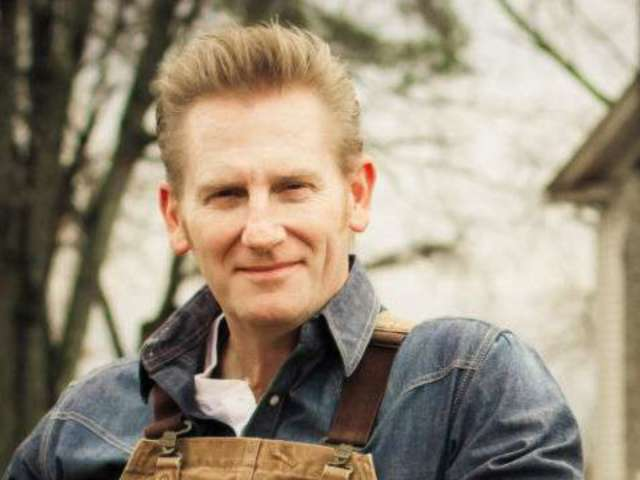 Rory Feek Says Stores Won't Sell His Book Because His Daughter Is Gay