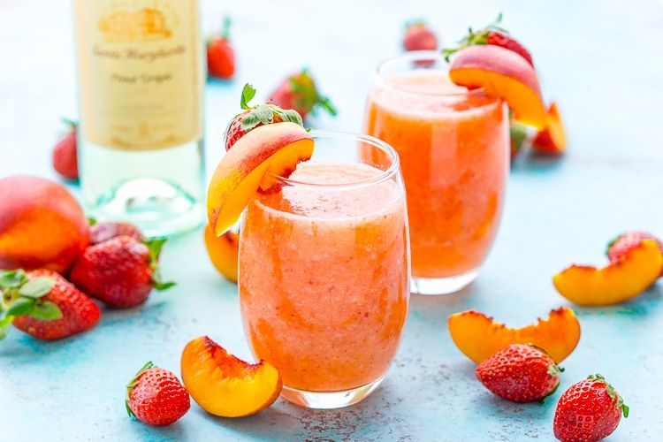 strawberry-peach-white-wine-slushies-recipe-1