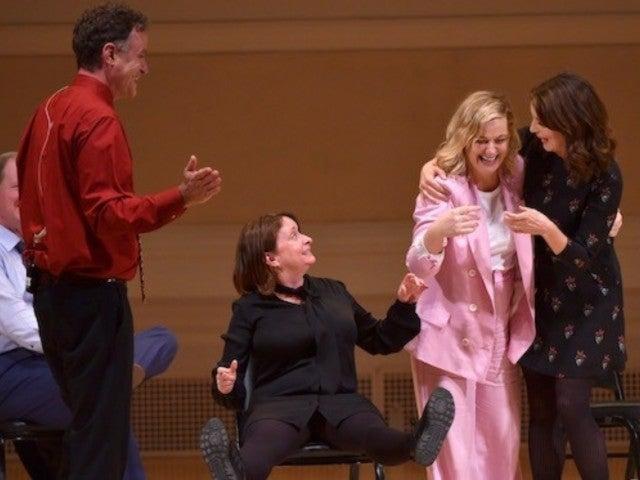'SNL' Alums Tina Fey, Amy Poehler, Rachel Dratch Reunite for Improv Performance