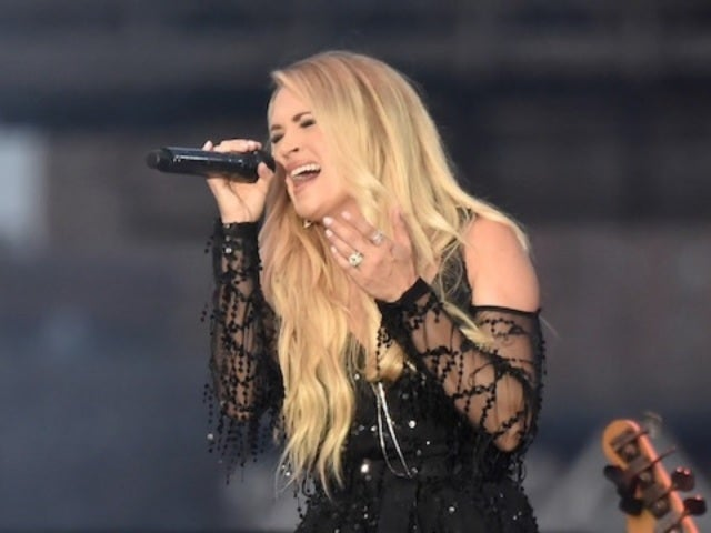 Carrie Underwood Sparkles in NYC 4th of July Performance