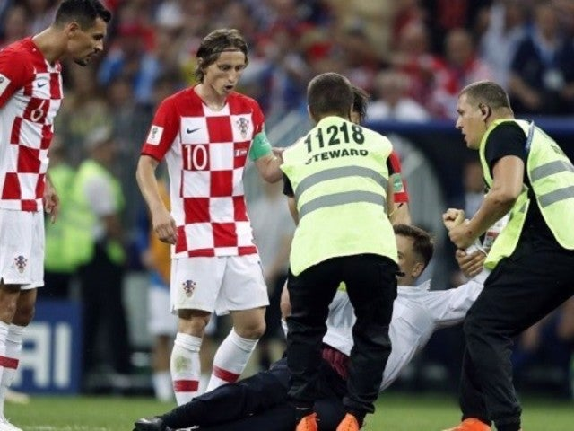 2018 World Cup: Final Delayed by Russian Protest Group