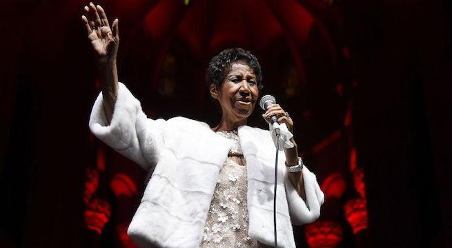 Aretha Franklin is 'alert and laughing' at home