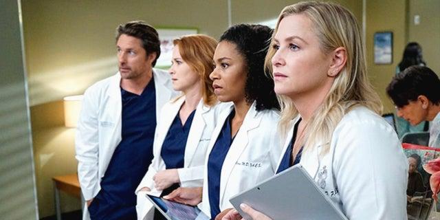 Greys-Anatomy-ABC-2017-fb