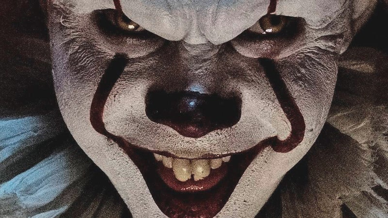 Man sees IT with Creepy Clown in Theater