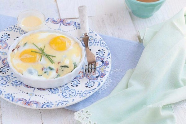 Baked-Eggs-with-Bacon-Greensand-Hollandaise