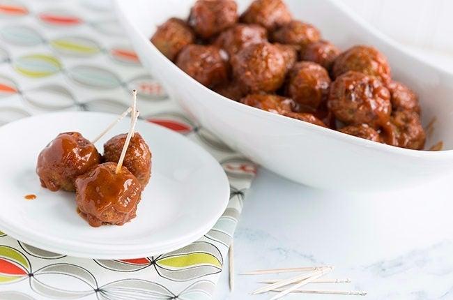 BBQ-Bourbon-Glazed-Meatballs_RESIZED-5-650x430