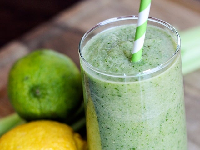 Recipe: Green Energy Detox Cleanse Drink