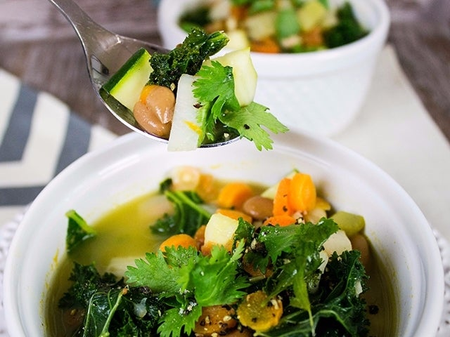 Recipe: Skinny Detox Soup
