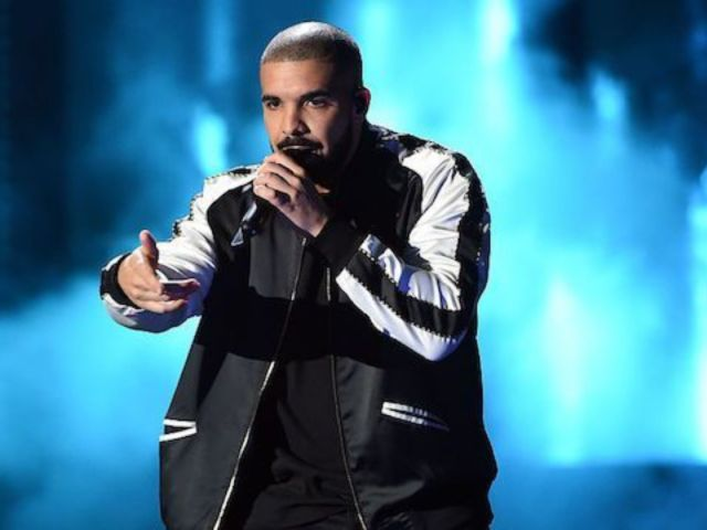 Drake Debuts New Look, Including Pierced Ears