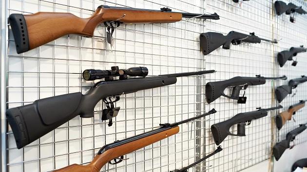 istock-guns-ammo