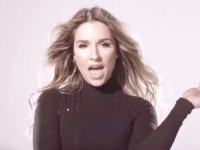 Jessie James Decker Flaunts Her Baby Bump in New Music Video
