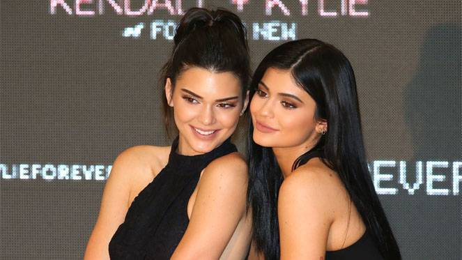 kendall-kylie-jenner-getty-scott-barbour
