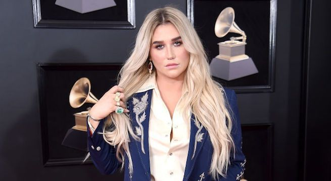 kesha-grammys_getty-Dimitrios Kambouris : Staff