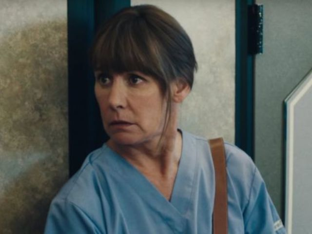 'Roseanne' Fans Gush Over Laurie Metcalf's SAG Awards Look