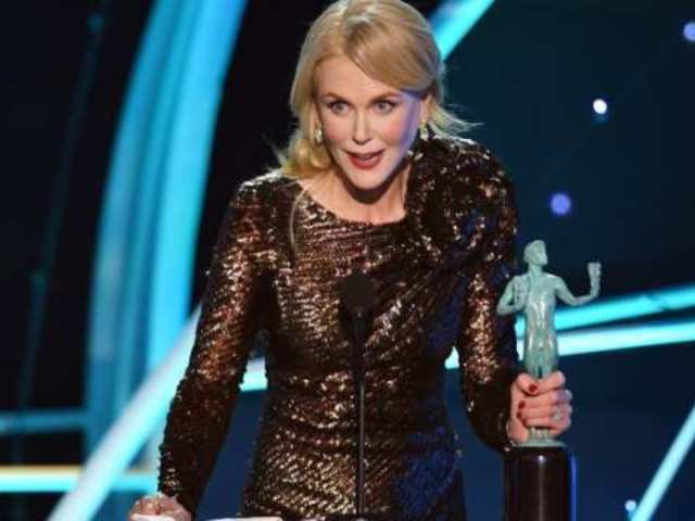 Nicole Kidman Cries in Speech After Winning First Screen Actors Guild Award