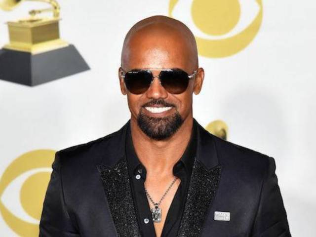 Shemar Moore Embodies Grammys 'Swag' With a Hint of Sparkle