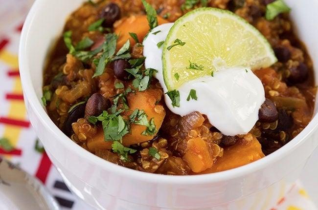 Southwest-Sweet-Potato-Quinoa-Chili_EDIT-1-1-1-650x430
