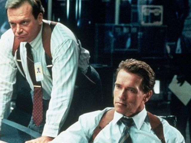 Eliza Dushku's 'True Lies' Co-Star Tom Arnold Reacts to Her Molestation Account