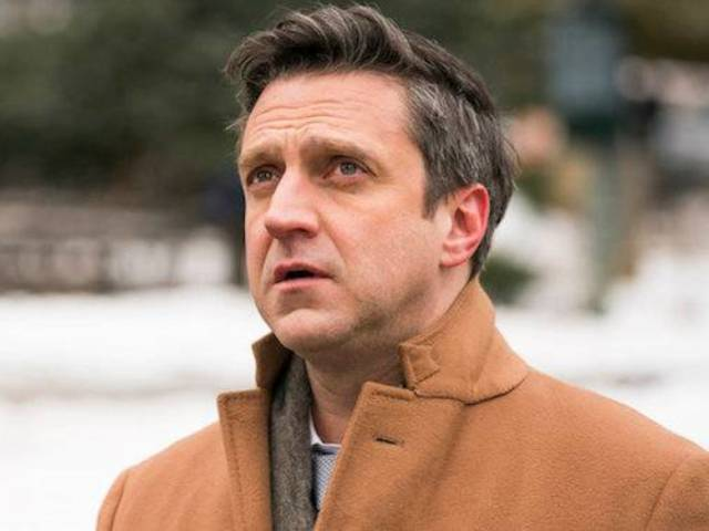 'Law & Order: SVU' Alum Raul Esparza to Star in NBC Pilot 'Suspicion'