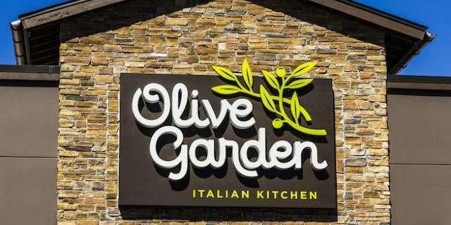 olive-garden-shutterstock