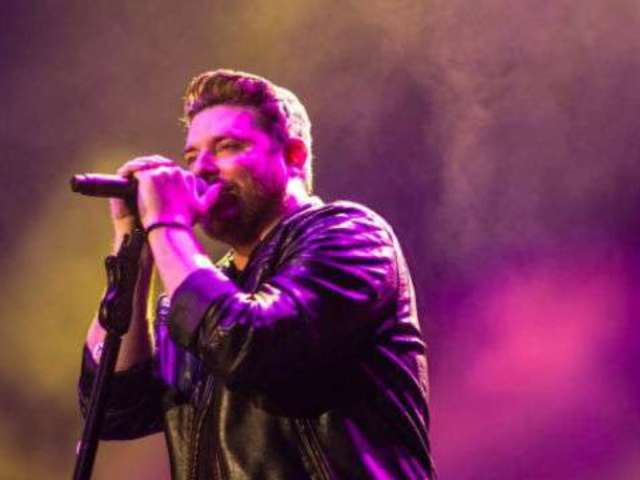 Chris Young Extends 2018 Losing Sleep World Tour