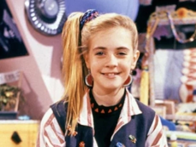 'Clarissa Explains It All' Reboot with Melissa Joan Hart Coming Soon from Nickelodeon