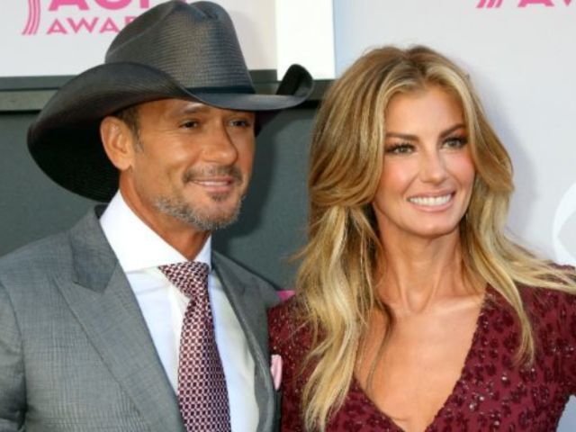 Tim McGraw Posts Oscars Throwback With Faith Hill
