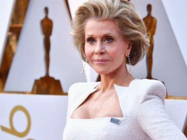 Jane Fonda Crushes the Oscars Red Carpet With Elegance
