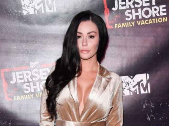 'Jersey Shore': Jenni 'JWoww' Farley Posts Throwback 'Glow up' Photo