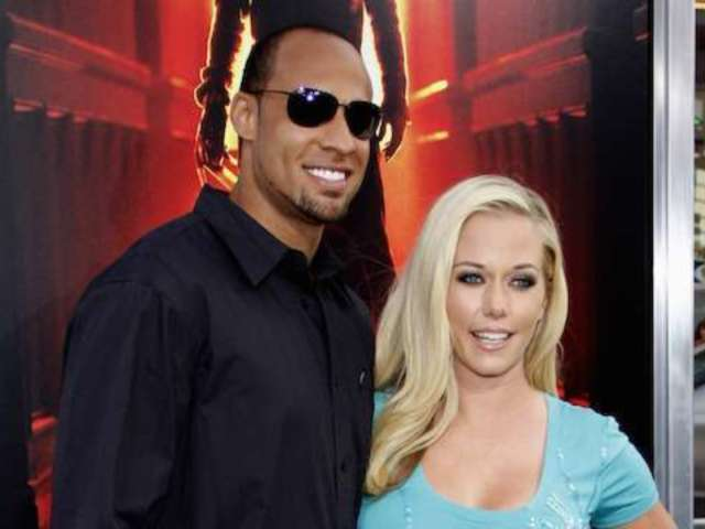 Kendra Wilkinson and Hank Baskett's Divorce Rejected by Court