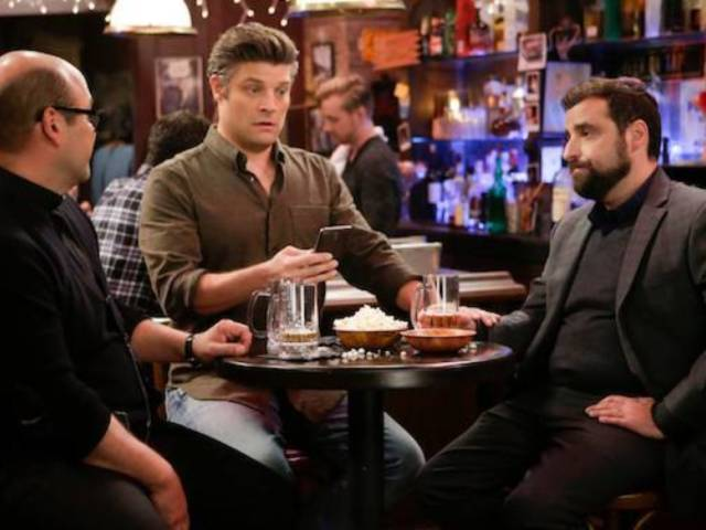 'Living Biblically' Compares Phones and Beyonce to 'False Idols'
