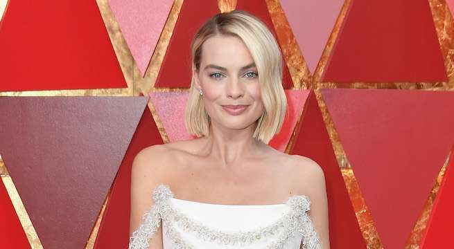 margot-robbie-oscars-2018-getty-neilson-barnard