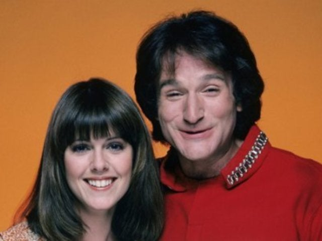 Robin Williams' Co-Star Makes Sexual Assault Claims Against Him