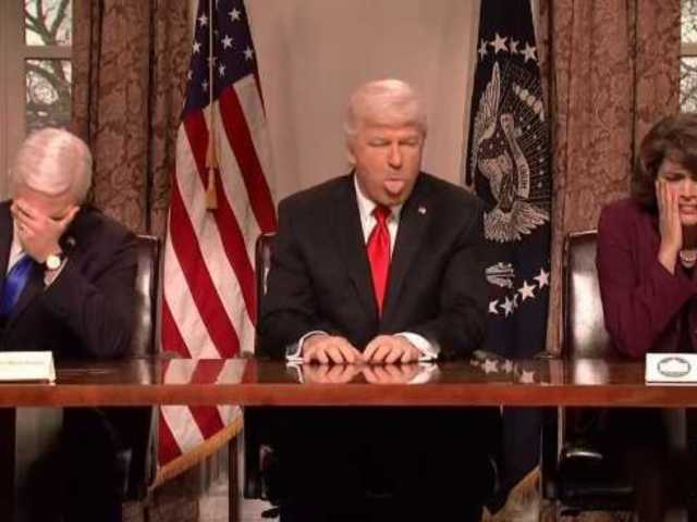 'Saturday Night Live': Alec Baldwin Returns After President Trump's Twitter Critique