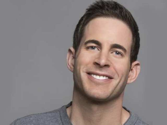'Flip or Flop's Tarek El Moussa Lands Solo Pilot at HGTV