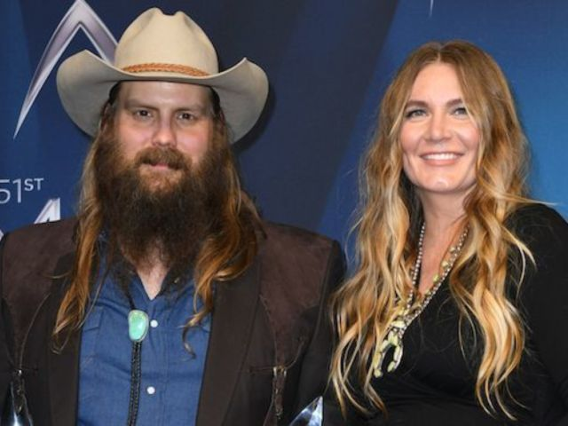 Chris Stapleton Thanks Reba McEntire for Sharing Baby News