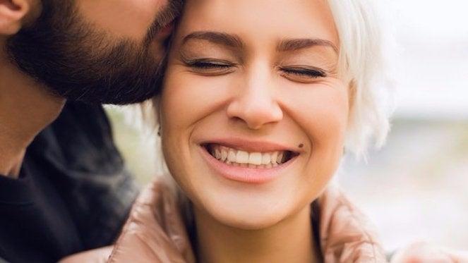 happy-couple-54037-54316