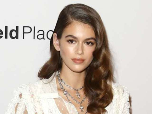 Chanel Fans Furious Over the Brand Using Cindy Crawford's Teenage Daughter for This Photo