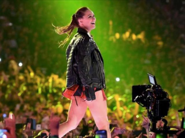 Ronda Rousey Issues Apology to WWE Universe