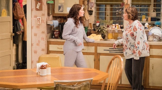 roseanne-reboot-harris-kitchen