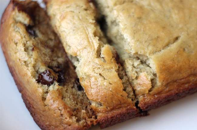 Skinny Chocolate Chip Banana Bread 650