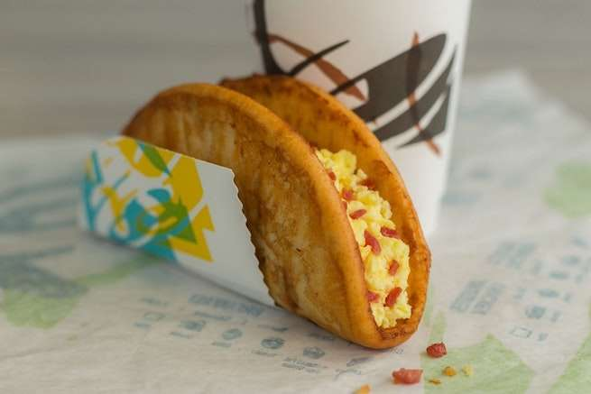taco-bell-french-toast-chalupa-1