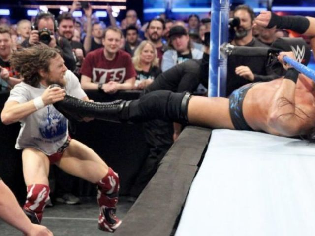 Big Cass' Injury Causes Big Change for SmackDown This Week