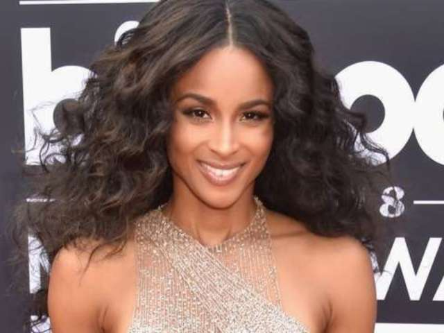 Ciara Posts 'Vulnerable' Photo With 'No Extensions' and Commenters Are Weighing In