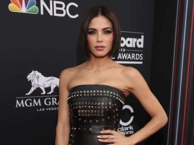 Billboard Music Awards 2018: Jenna Dewan Praises Janet Jackson for Winning Icon Award